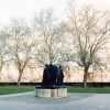 CANDIDA HÖFER Gardens of the House of Parliament London I, 2000 C-print 152 x 178 cm © Candida Höfer, Köln / VG Bild-Kunst, Bonn